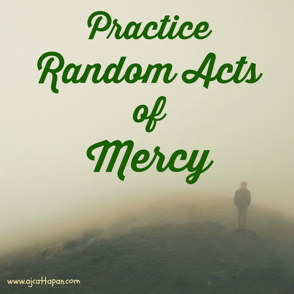 Looking for ways to practice mercy this Lent? Want to more fully live out this Jubilee Year of Mercy? Here are some simple ideas.